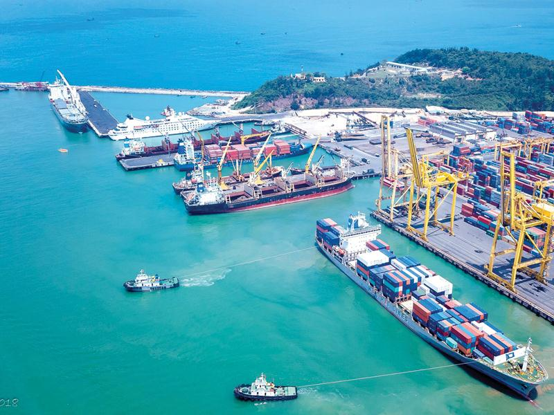 Những tín hiệu vui từ cảng biển miền Trung