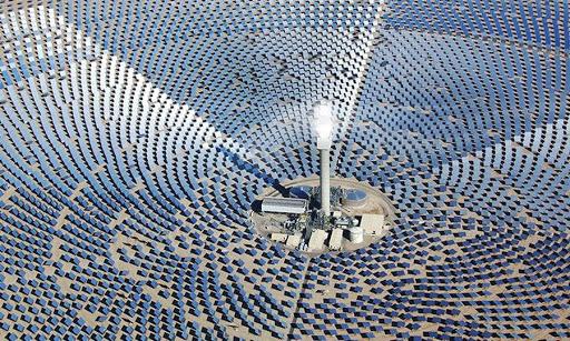 Cách vận hành nhà máy năng lượng mặt trời tập trung